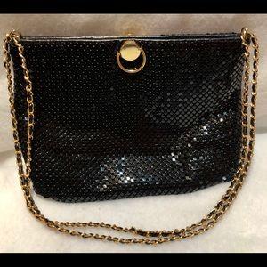 VINTAGE BLACK SHINY METAL MESH BAG